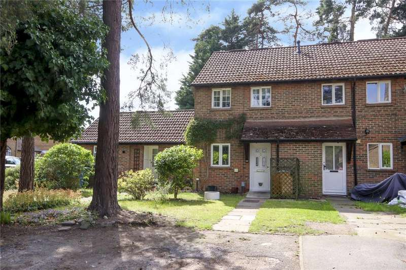 2 Bedrooms Terraced House for sale in Queens Pine, Bracknell, Berkshire, RG12