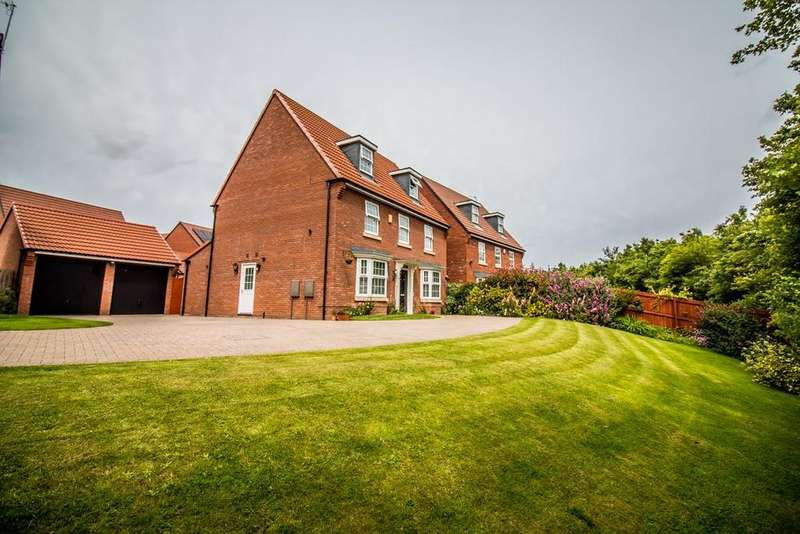 5 Bedrooms Detached House for sale in Dovestone Close, Teal Farm Village, Washington, Tyne And Wear, NE38