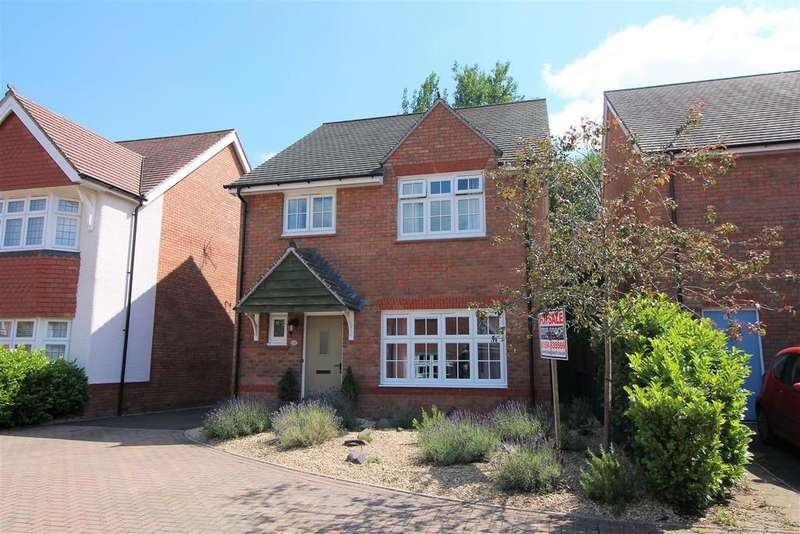 4 Bedrooms Detached House for sale in Norchard Gardens, Whitecroft, Lydney