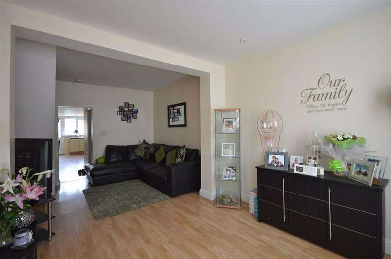 2 Bedrooms Terraced House for sale in Stanley Road, Linden, Gloucester, GL1