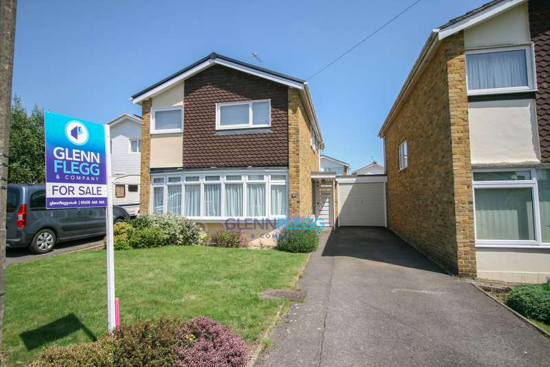 4 Bedrooms Detached House for sale in Burnham, Buckinghamshire