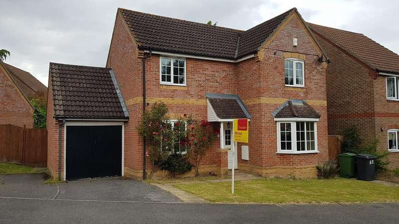 3 Bedrooms Detached House for sale in Marston Drive, Newbury, RG14