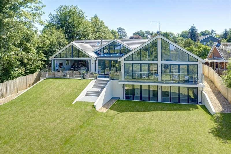 5 Bedrooms Detached House for sale in Upper Hollis, Great Missenden, Buckinghamshire, HP16