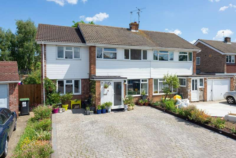 4 Bedrooms Semi Detached House for sale in Brookfield Avenue, Larkfield, ME20