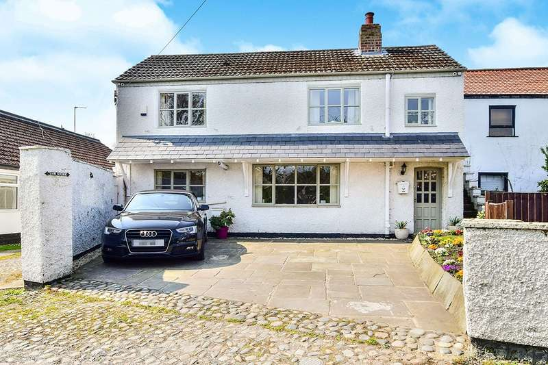 2 Bedrooms Semi Detached House for sale in Attenburys Lane, Timperley, Altrincham, Cheshire, WA14