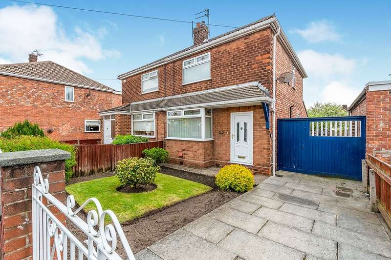 3 Bedrooms Semi Detached House for sale in Selwyn Close, Widnes, Cheshire, WA8