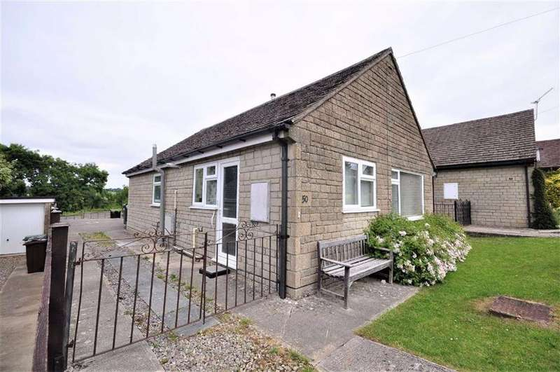 2 Bedrooms Bungalow for sale in Lypiatt View, Chalford