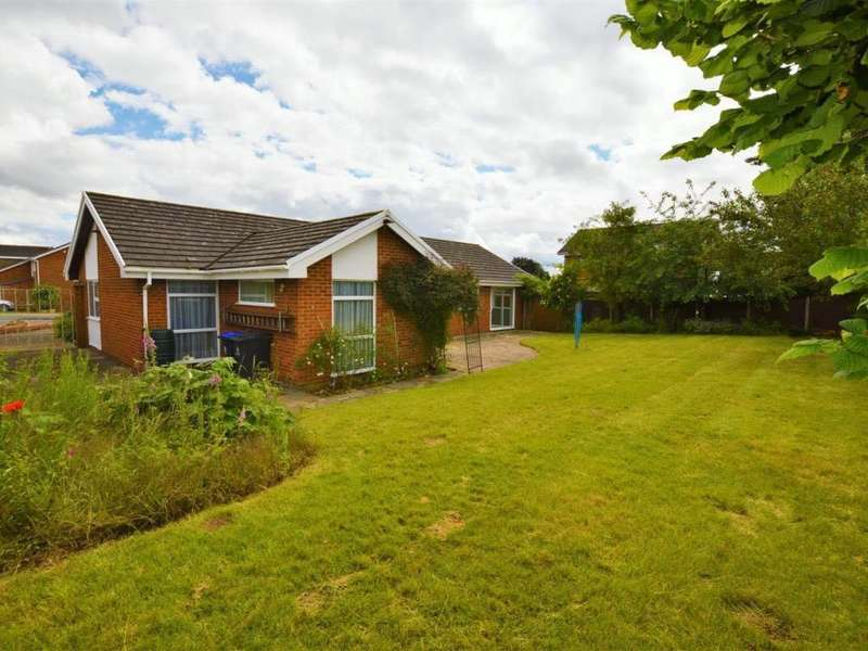 4 Bedrooms Detached House for sale in Grangewood, Wexham, SL3 6LP