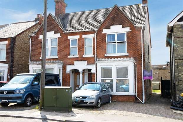 3 Bedrooms Semi Detached House for sale in Creek Road, March, Cambridgeshire