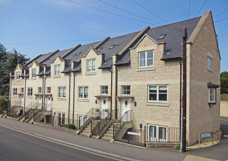 4 Bedrooms Town House for sale in Courtside Terrace, Frome Road, Bradford-on-Avon, BA15