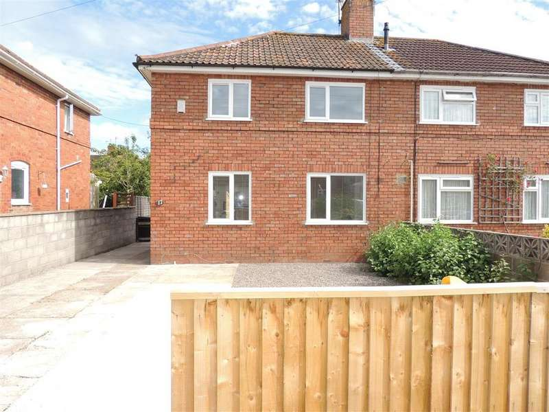 3 Bedrooms Semi Detached House for rent in Chelwood Road, Shirehampton, Bristol