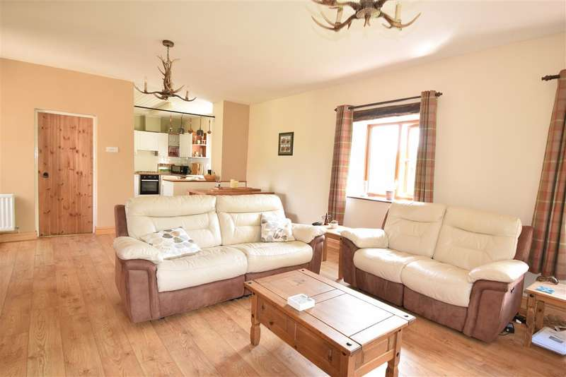 3 Bedrooms Barn Conversion Character Property for sale in Craggs Farm Cottage, Little Broughton, Cockermouth