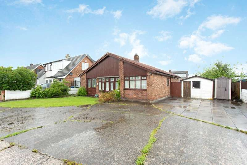2 Bedrooms Detached Bungalow for sale in Tarvin Close, Lowton, Warrington, Cheshire, WA3