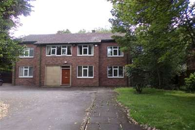 6 Bedrooms Detached House for rent in Church Street, Warrington.