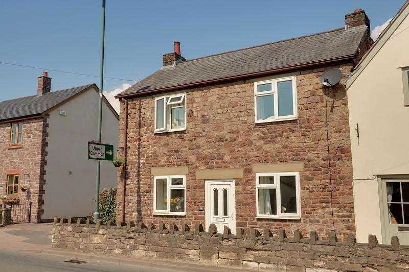 3 Bedrooms Semi Detached House for sale in High Street, Aylburton, Lydney, Gloucestershire. GL15 6DE