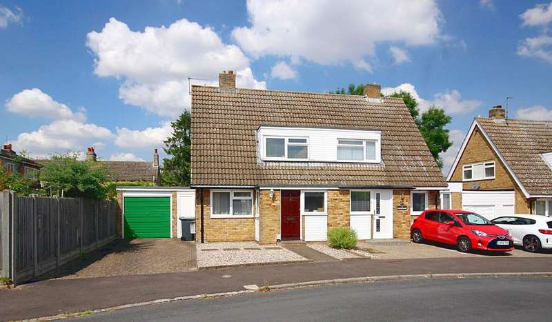 2 Bedrooms Semi Detached House for sale in Chase Close, Arlesey, SG15
