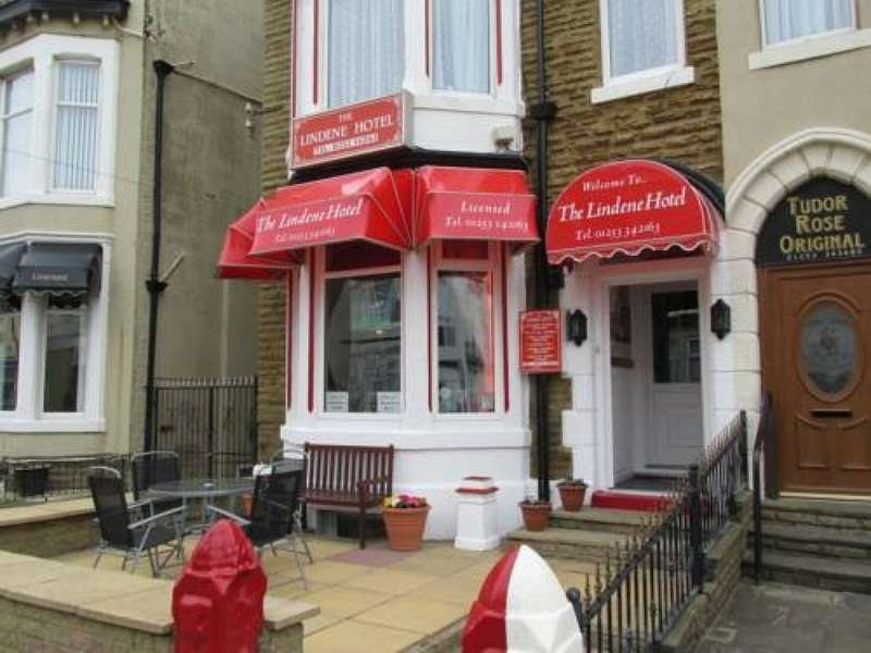 9 Bedrooms Hotel Gust House for sale in Withnell Road South Shore Blackpool