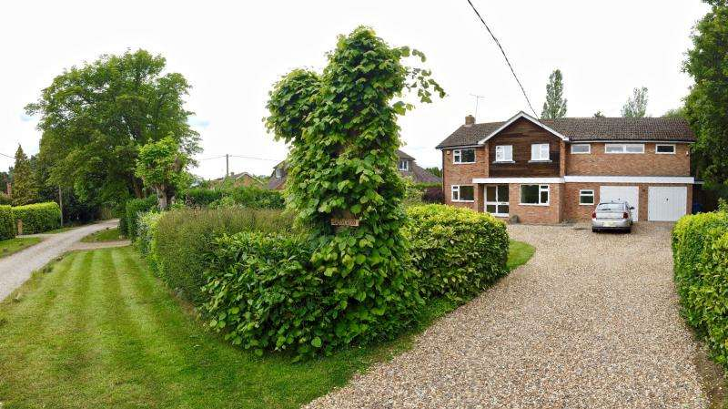 5 Bedrooms Detached House for sale in BROOMFIELD HILL, GREAT MISSENDEN