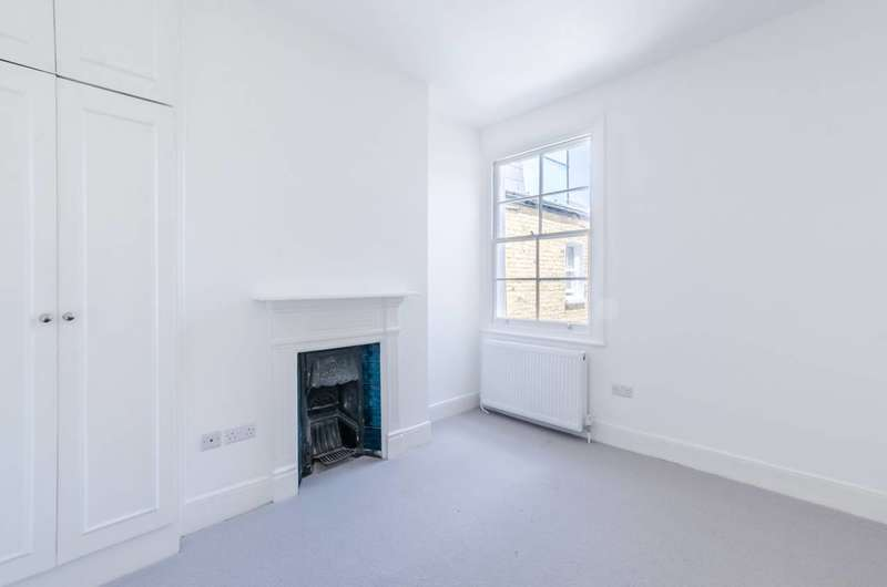 3 Bedrooms Maisonette Flat for sale in Micklethwaite Road, Fulham, SW6
