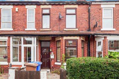 3 Bedrooms Terraced House for sale in Clifton Avenue, Eccles, Manchester, Greater Manchester