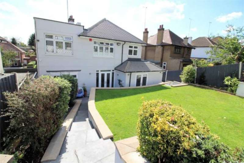 4 Bedrooms House for sale in Avenue Road, Erith