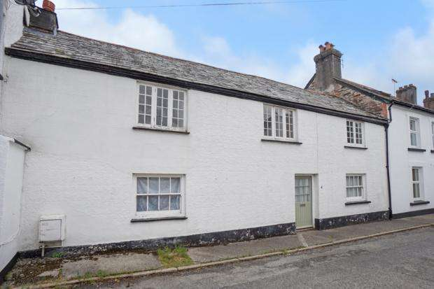 3 Bedrooms Terraced House for rent in Westbridge Road, Launceston, PL15