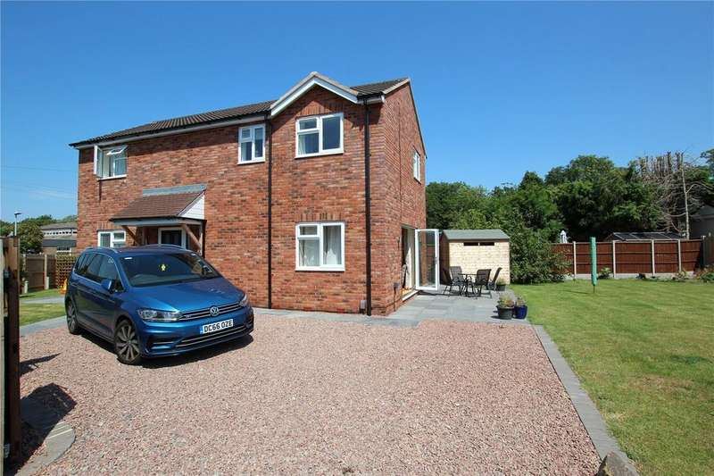 3 Bedrooms Detached House for sale in Colwell Avenue, Hucclecote, Gloucester, GL3