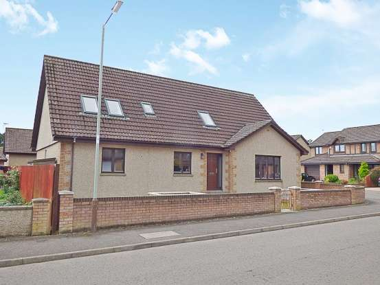 5 Bedrooms Detached House for sale in Charleton Park, Montrose, Angus, DD10 9XB