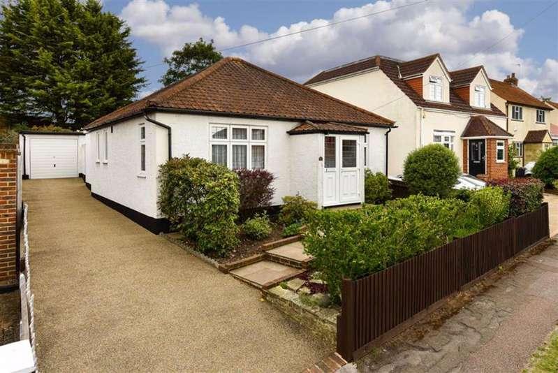 2 Bedrooms Detached Bungalow for sale in The Kingsway, Epsom, Surrey