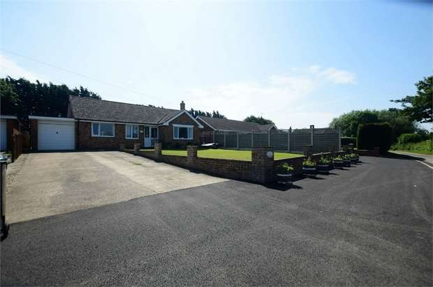 3 Bedrooms Detached Bungalow for sale in Rose Lane, Saleby, Alford, Lincolnshire