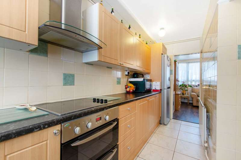 2 Bedrooms Flat for sale in Hampson Way, Stockwell