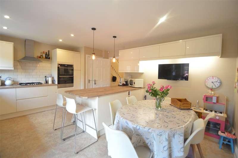 5 Bedrooms Terraced House for sale in Kingsquarter, Maidenhead, Berkshire, SL6