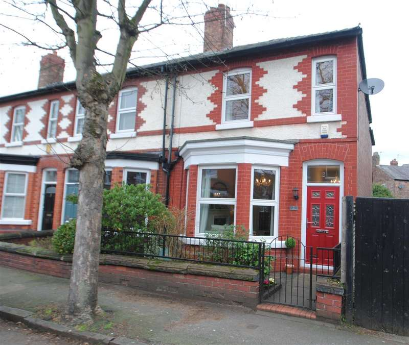 2 Bedrooms Terraced House for sale in Cawdor Street, STOCKTON HEATH, Warrington, WA4