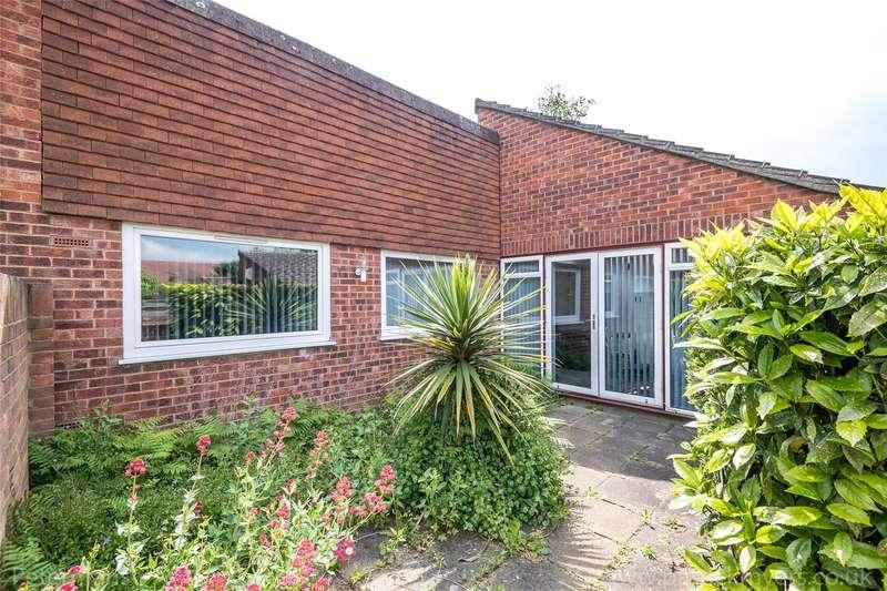 2 Bedrooms Garages Garage / Parking for sale in Orchard Close, London, SE23