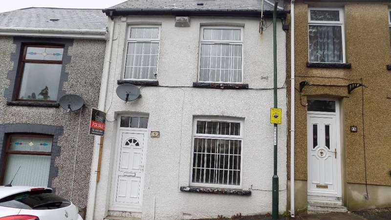 2 Bedrooms Terraced House for sale in Upper Royal Lane, Abertillery. NP13 1NL
