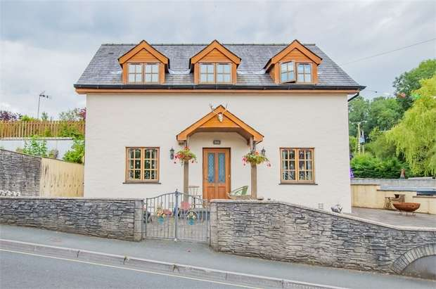 3 Bedrooms Detached House for sale in Cenarth, Newcastle Emlyn, Carmarthenshire