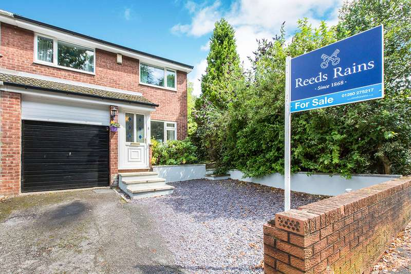 3 Bedrooms Semi Detached House for sale in St. Johns Road, Congleton, CW12