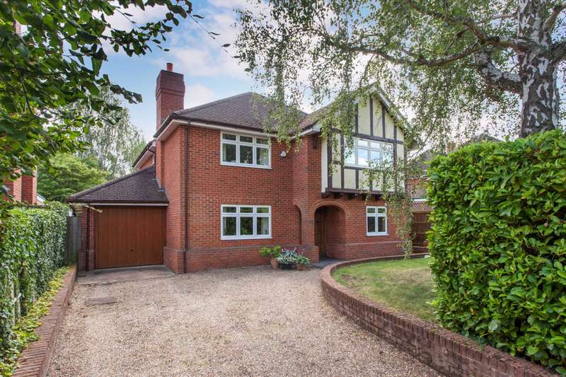 4 Bedrooms Detached House for sale in Brooklyn Drive, Emmer Green, Reading