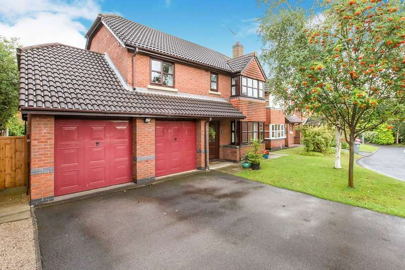 4 Bedrooms Detached House for sale in Ennerdale Drive, Congleton, CW12