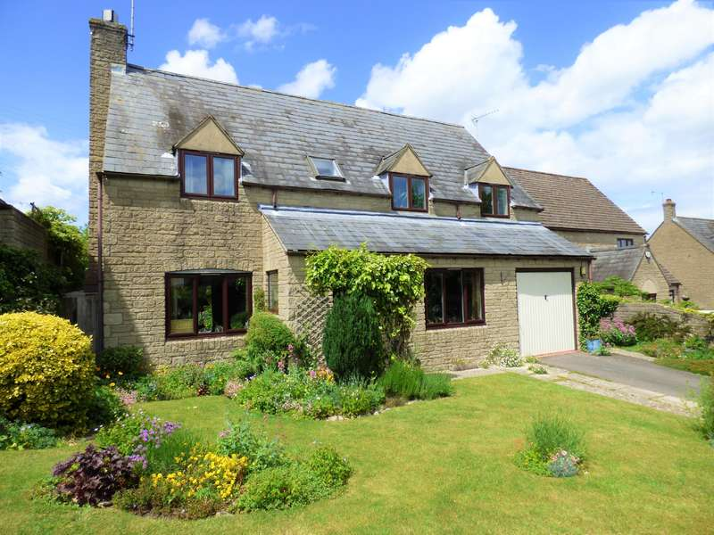 5 Bedrooms Detached House for sale in Shepherds Way, Northleach, Cheltenham, Gloucestershire