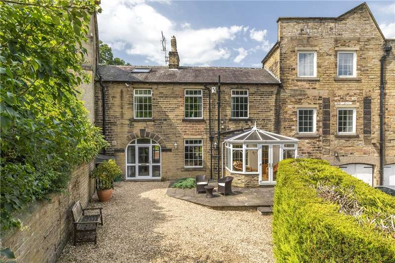 5 Bedrooms Unique Property for sale in Hirst Mill Crescent, Shipley, West Yorkshire