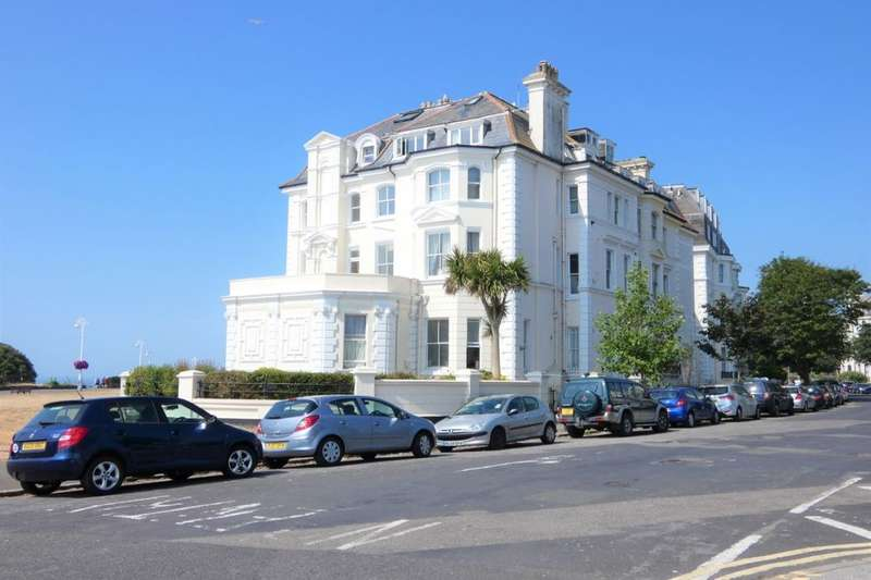 3 Bedrooms Flat for sale in Clifton Crescent, Folkestone, CT20