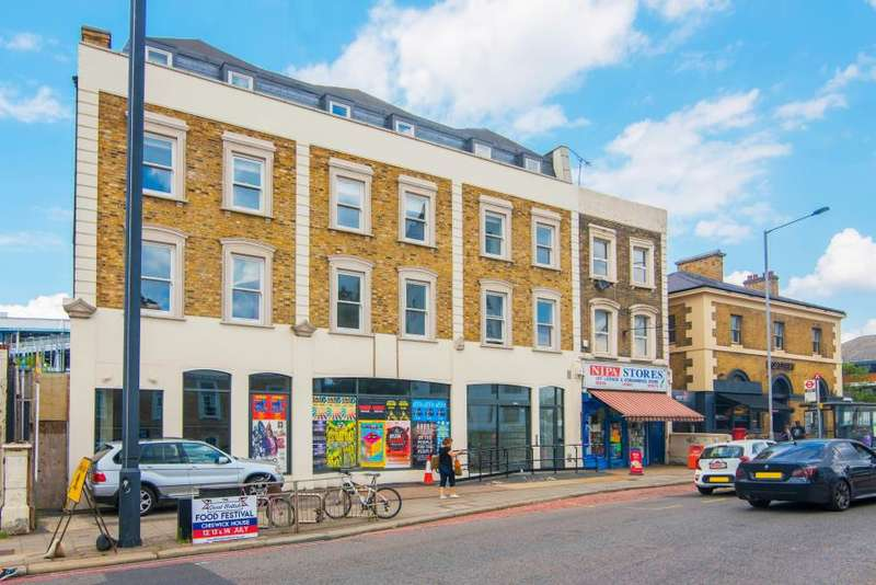 2 Bedrooms Apartment Flat for sale in Q House, Kew Bridge Road, TW8