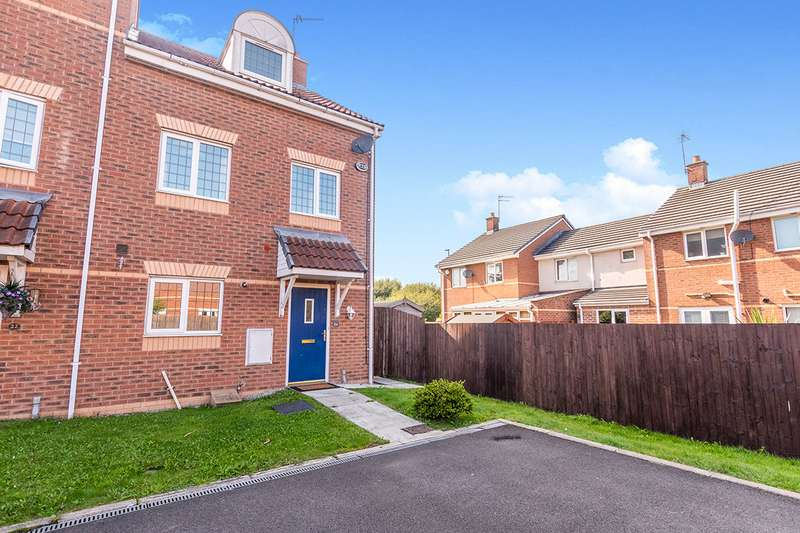3 Bedrooms Semi Detached House for sale in Harebell Close, Widnes, WA8