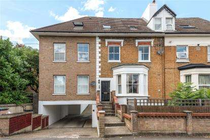 Flat for sale in Crescent Road, Bromley