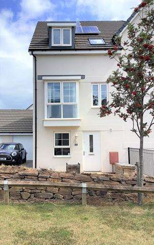 3 Bedrooms Semi Detached House for rent in Nr Topsham - A Beautifully Presented 3 Bedroom Home