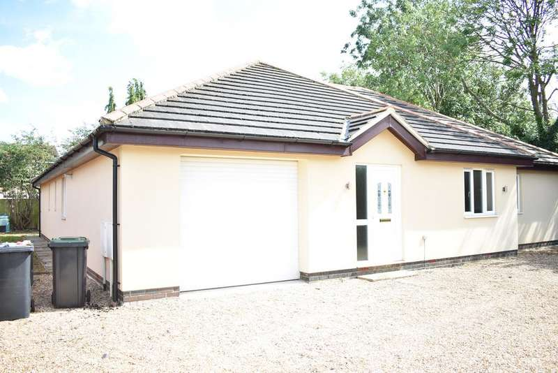 4 Bedrooms Detached House for rent in Mill Road, Cranfield MK43