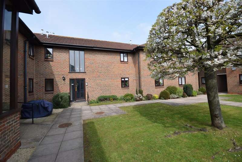 2 Bedrooms Retirement Property for sale in Orchard Court, Stonehouse