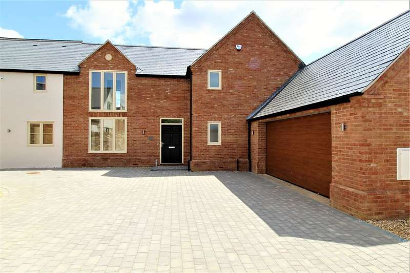 5 Bedrooms Detached House for sale in Stoke House Folly, Stoke Road, Stoke Hammond
