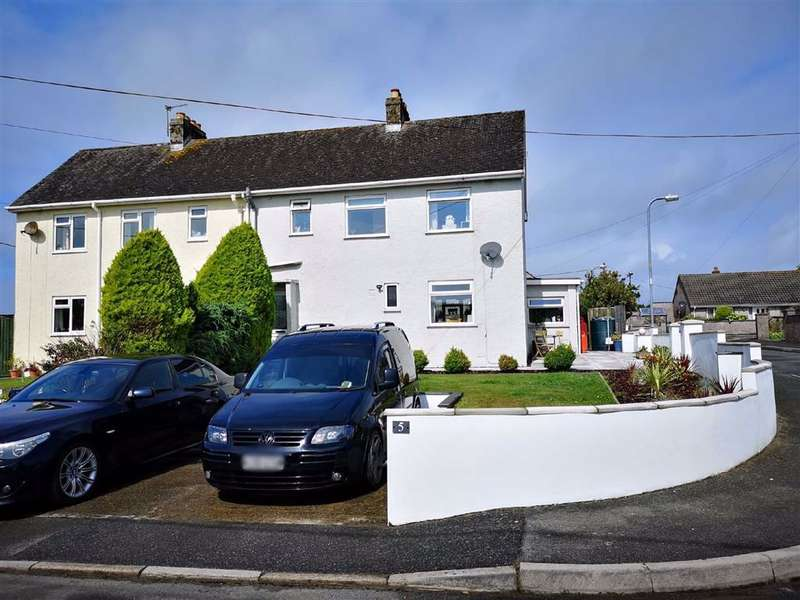 3 Bedrooms Semi Detached House for sale in Hill Crescent, Houghton, Milford Haven